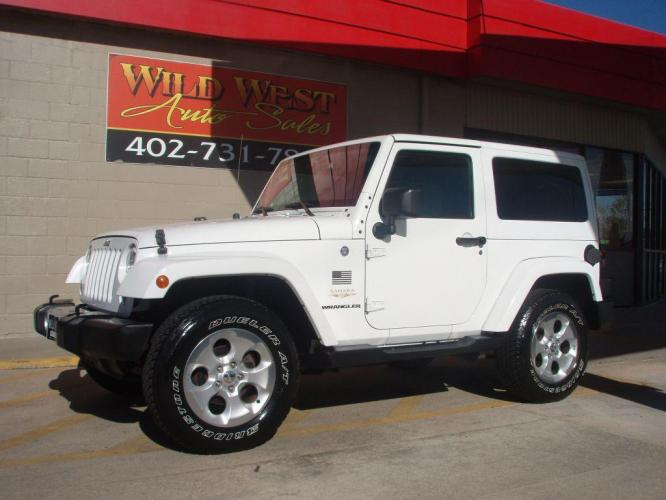 2014 WHITE JEEP WRANGLER SAHARA (1C4AJWBG8EL) with an 3.6L engine, Automatic transmission, located at 6610 L St., Omaha, NE, 68117, (402) 731-7800, 41.212872, -96.014702 - Photo #0